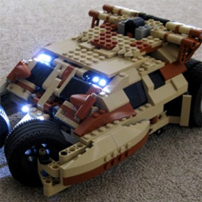 Batman - Tumbler e The Bat feitos de LEGO