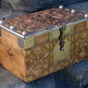 Game of Thrones - Réplica do Baú dos Ovos de Dragão da Daenerys
