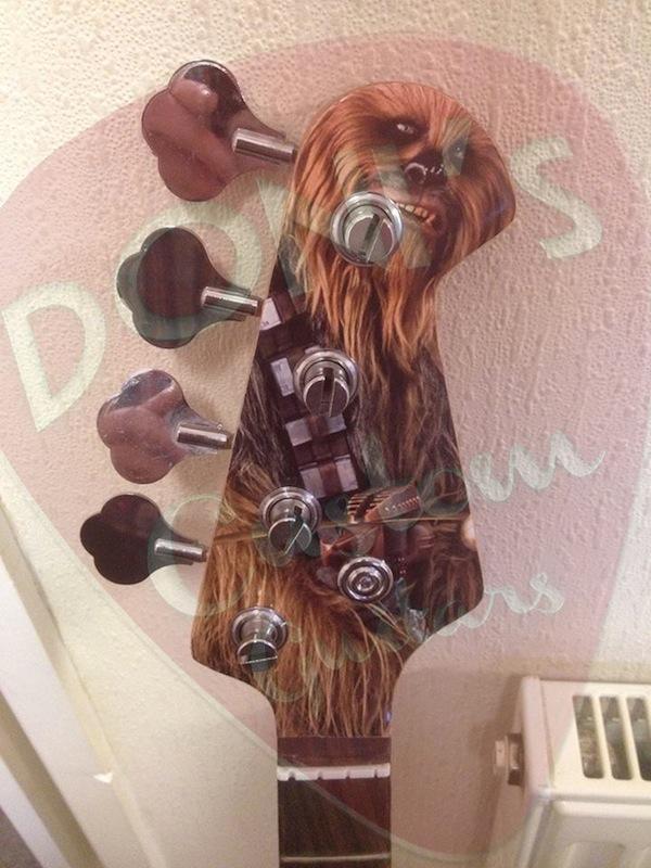 Baixo Millenium Falcon Star Wars