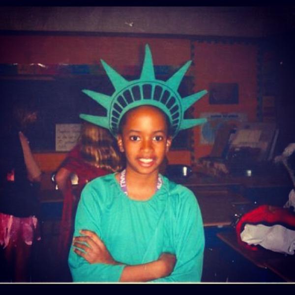 Criança Estátua Liberdade