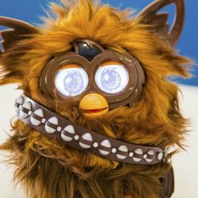 Hasbro lança Furby versão Chewbacca