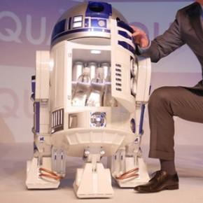 Frigobar R2-D2  em tamanho real