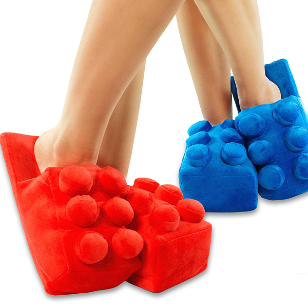 Building_Brick_Slippers_red_titel