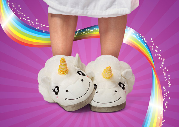 f284_plush_unicorn_slippers_for_grown_ups_feet