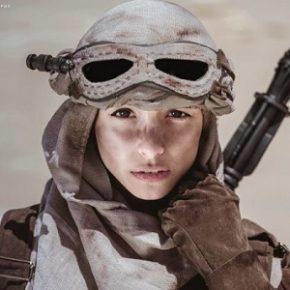 Cosplayer e fotógrafa criam ensaio no deserto inspirado em O Despertar da Força e Journey