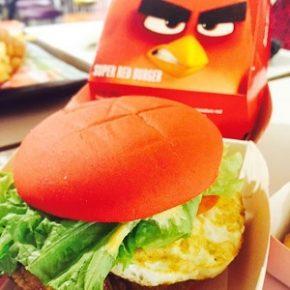 Mc Donald's de Cingapura lança lanches inspirados em Angry Birds