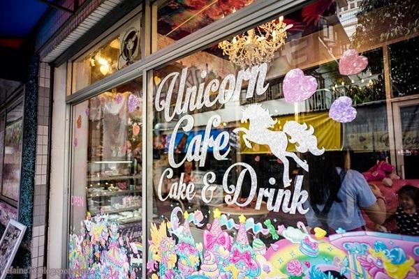 Café temático para quem ama unicórnios