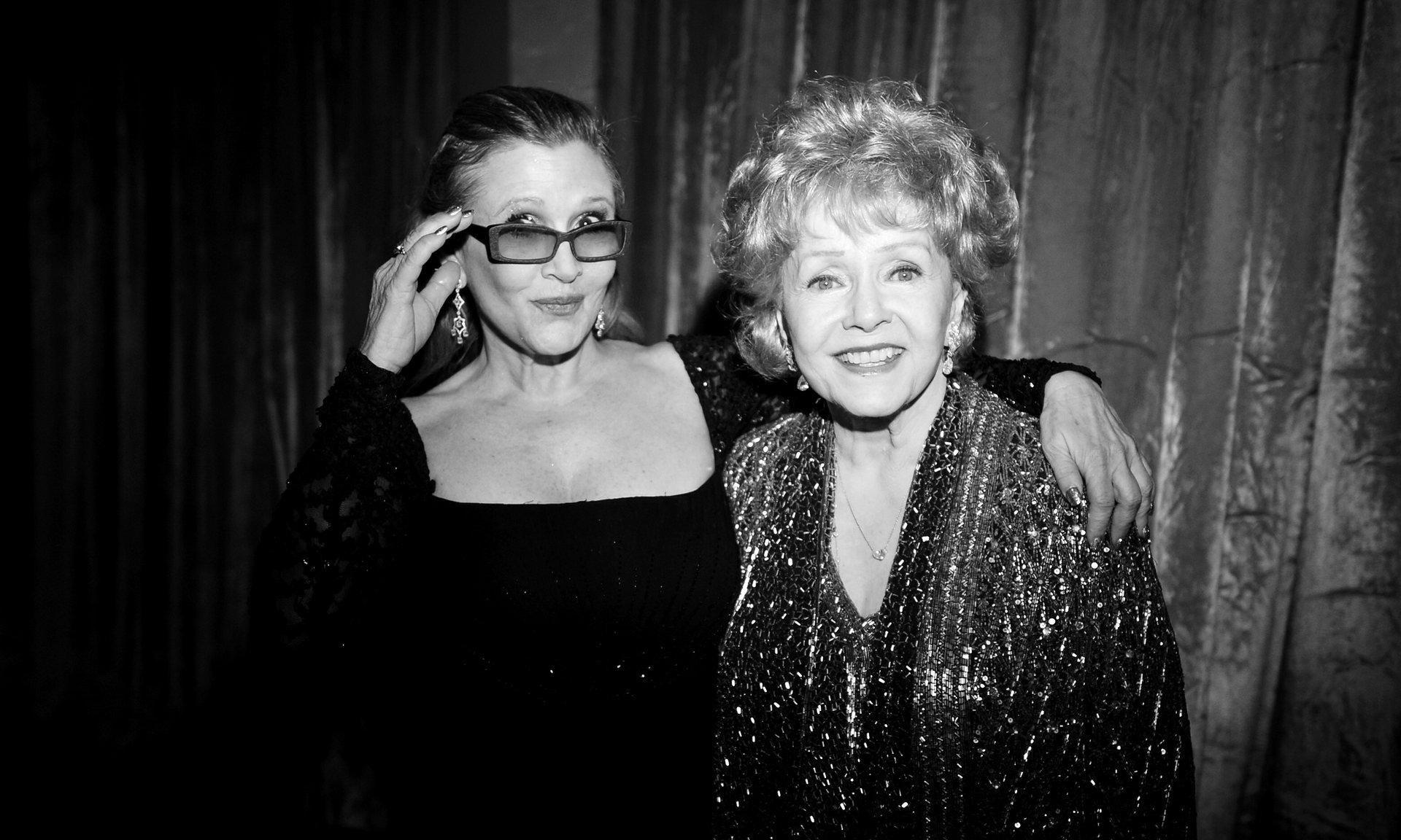 Debbie Reynolds morre, aos 84 anos, um dia depois da filha Carrie Fisher