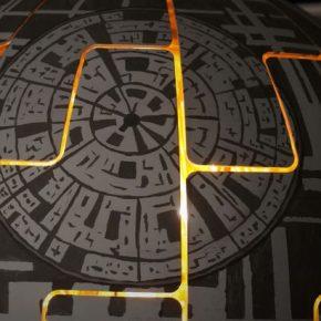 Casal fã de Star Wars transforma luminária em Estrela da Morte