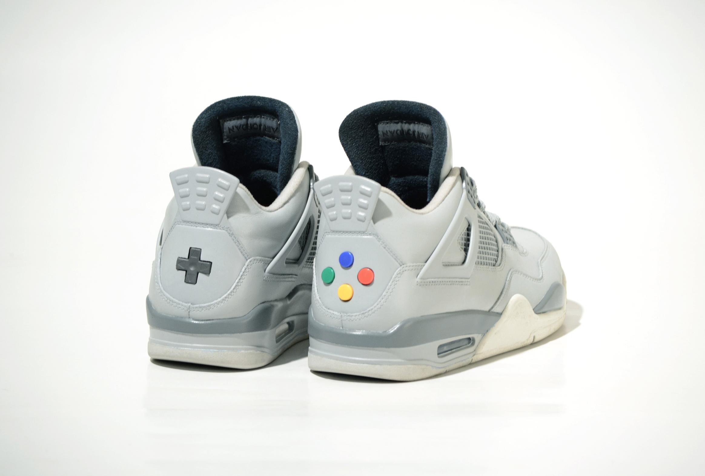Tênis Super Nintendo com botões originais!