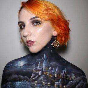 Maquiadora transforma o próprio corpo em tela e cria pintura de Hogwarts