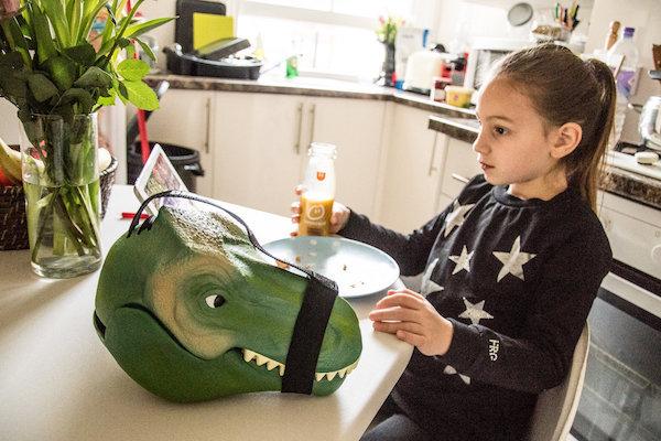 Leve seu lanche no crânio de um Tiranossauro Rex