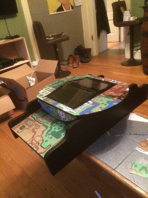 Fã de The Legend of Zelda cria barril arcade para decorar a casa