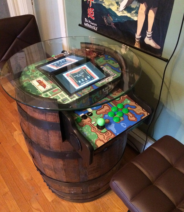 Fã de The Legend of Zelda cria barril arcade para decorar a casa