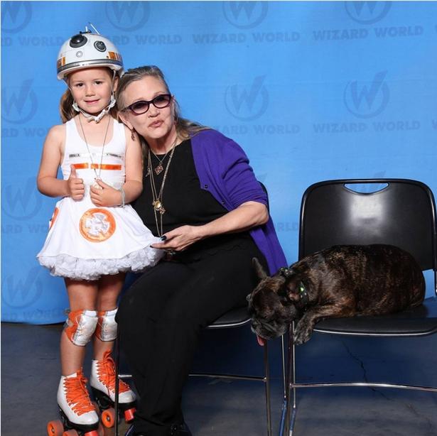 Menina de 6 anos fã de Star Wars cria cosplay patinadora de BB-8