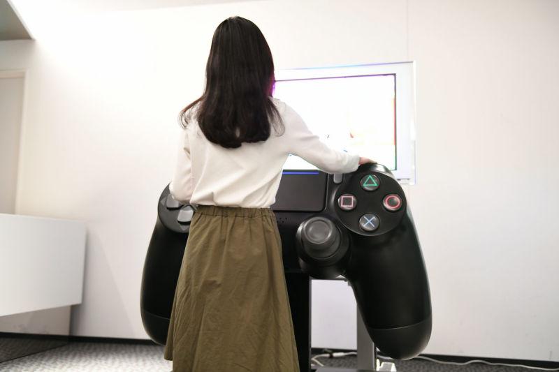 DualShock 4 gigante funciona de verdade