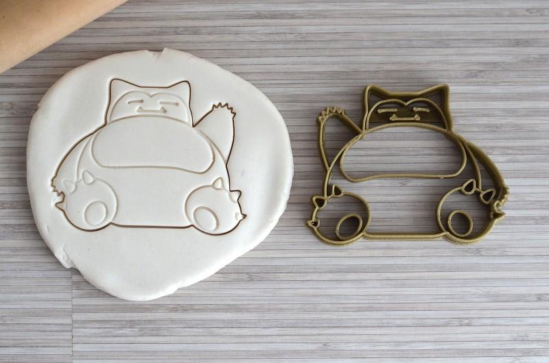 Deliciosos biscoitos com cortadores Pokémon