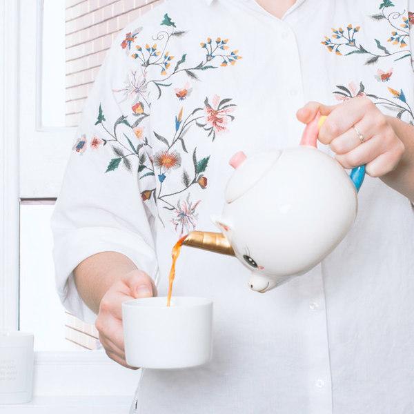 Bule de unicórnio para sua dose diária de café