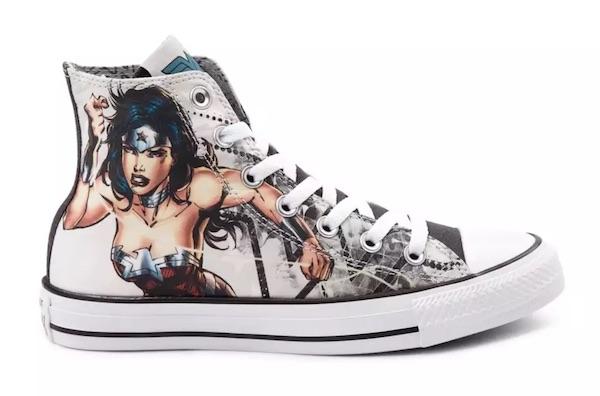 Converse e DC Comics criam tênis All Star Mulher Maravilha