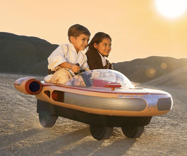 Landspeeder elétrico para os pequenos fãs de Star Wars
