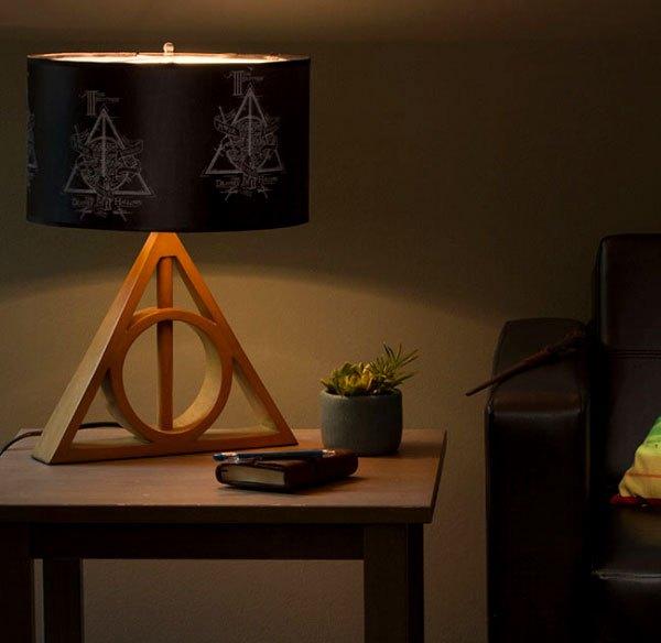 Luminária fantástica de Harry Potter e As Relíquias da Morte!
