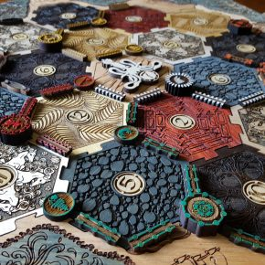 Colonizadores de Catan: tabuleiro customizado de Game of Thrones