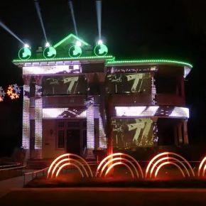 Star Wars: Fã cria decoração de Natal com 15 mil luzes