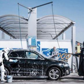 O Império contra a crise: Veja como seria se Darth Vader fosse gente como a gente!