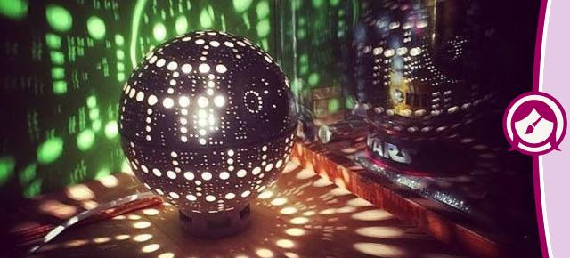 Luminária de cerâmica Estrela da Morte: Destaque da luz suprema do universo
