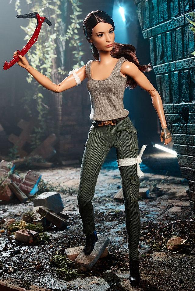 Mattel anuncia nova Barbie de Lara Croft em Tomb Raider: A Origem