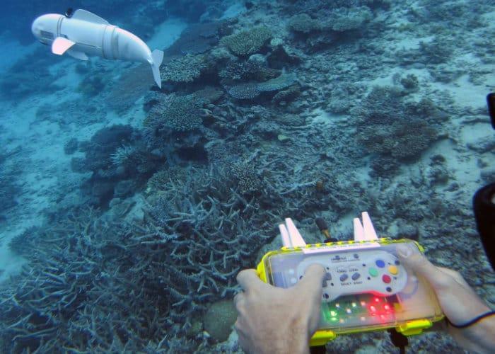 SoFi: Peixe Robótico com controle de Super Nintendo