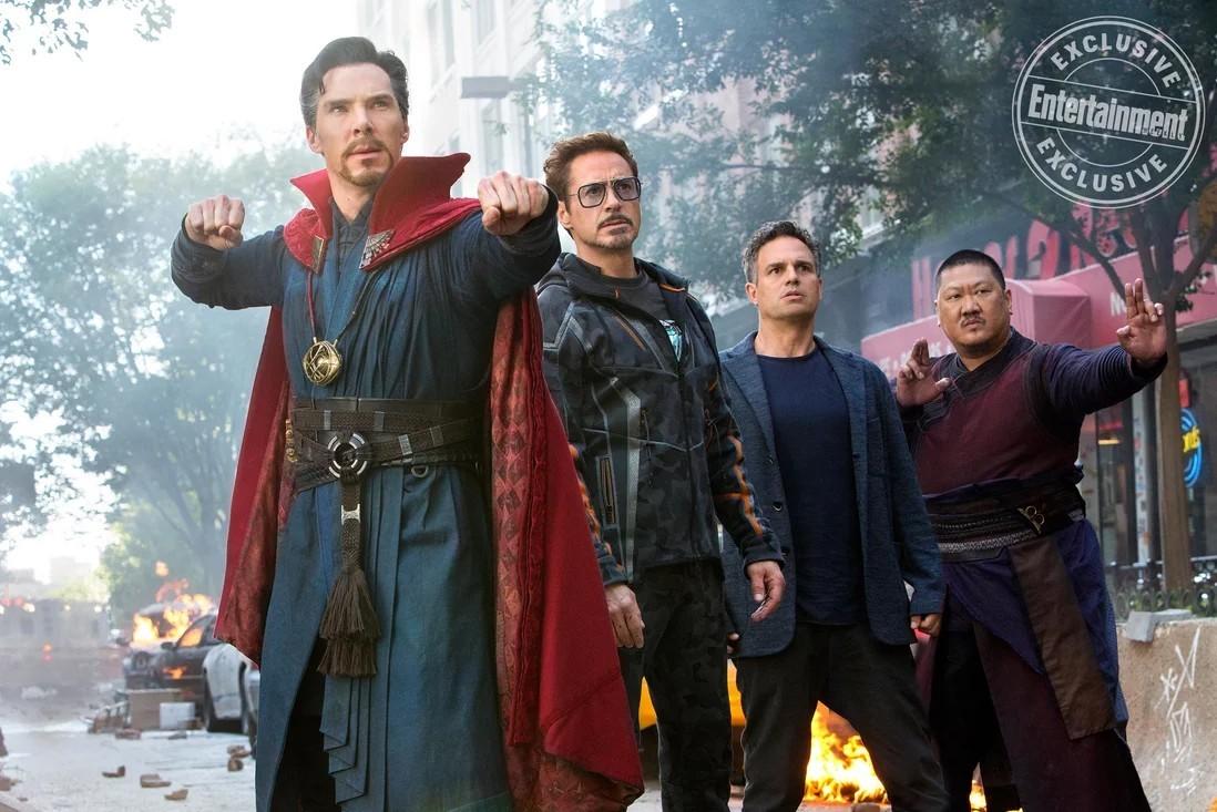 Vingadores: Guerra Infinita! Equipe reúne magia e ciência com Doutor Estranho, Bruce Banner e Wong