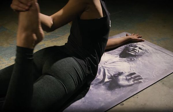 Star Wars: Tapete de Yoga de Han Solo na Carbonita