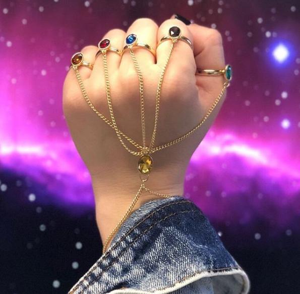 Domine o universo com várias opções da Manopla do Infinito!