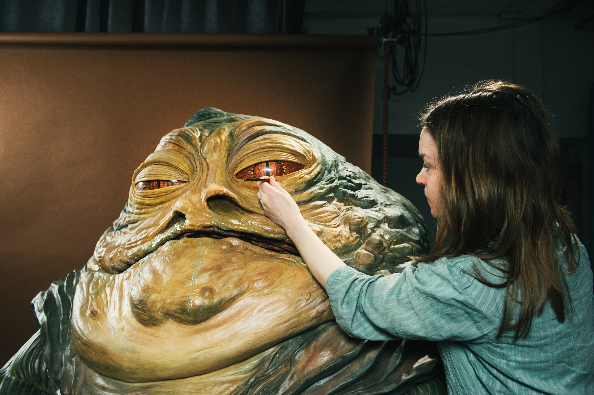 Madame-Tussauds-Star-Wars-Experience-JABBA-THE-HUTT-AND-PRINCESS-LEIA-11