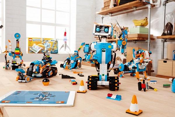 LEGO Boost ensina crianças conceitos básicos sobre programação