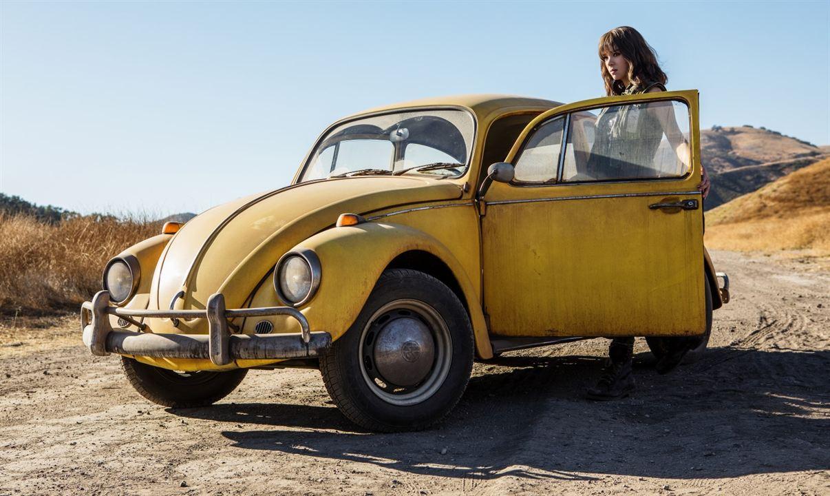 Bumblebee: filme derivado de Transformers terá protagonista mulher